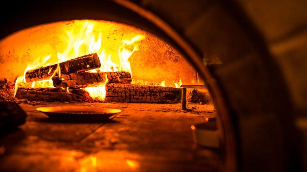Forno a legna pizzeria Hotel Vezzano