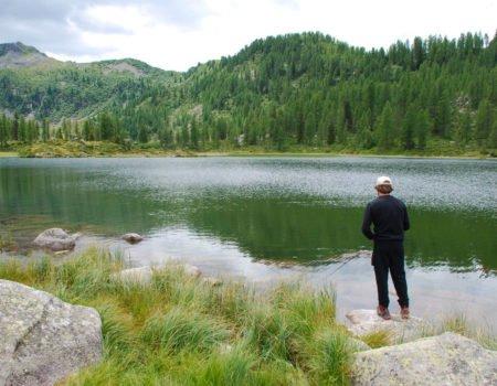 Pescare al lago in Trentino