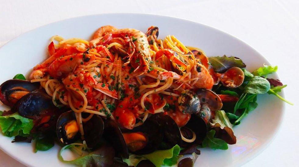 Pasta a base di pesce, ristorante Hotel Vezzano