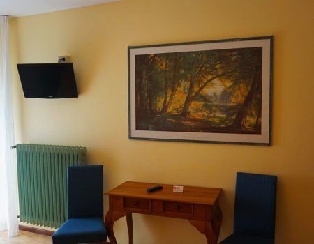 Interno camera hotel Vezzano