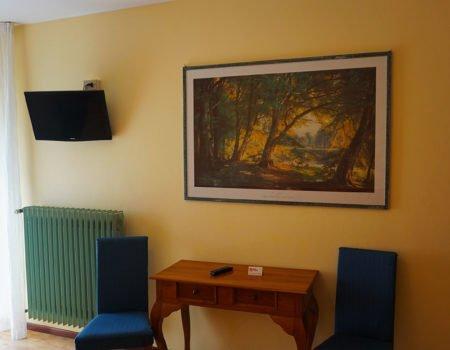 Interno camera hotel Vezzano